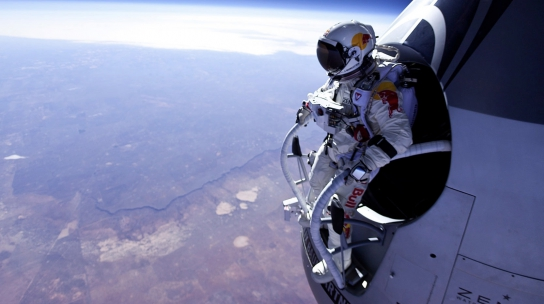 Red_Bull_Stratos_main_544_304_s_c1_smart_scale