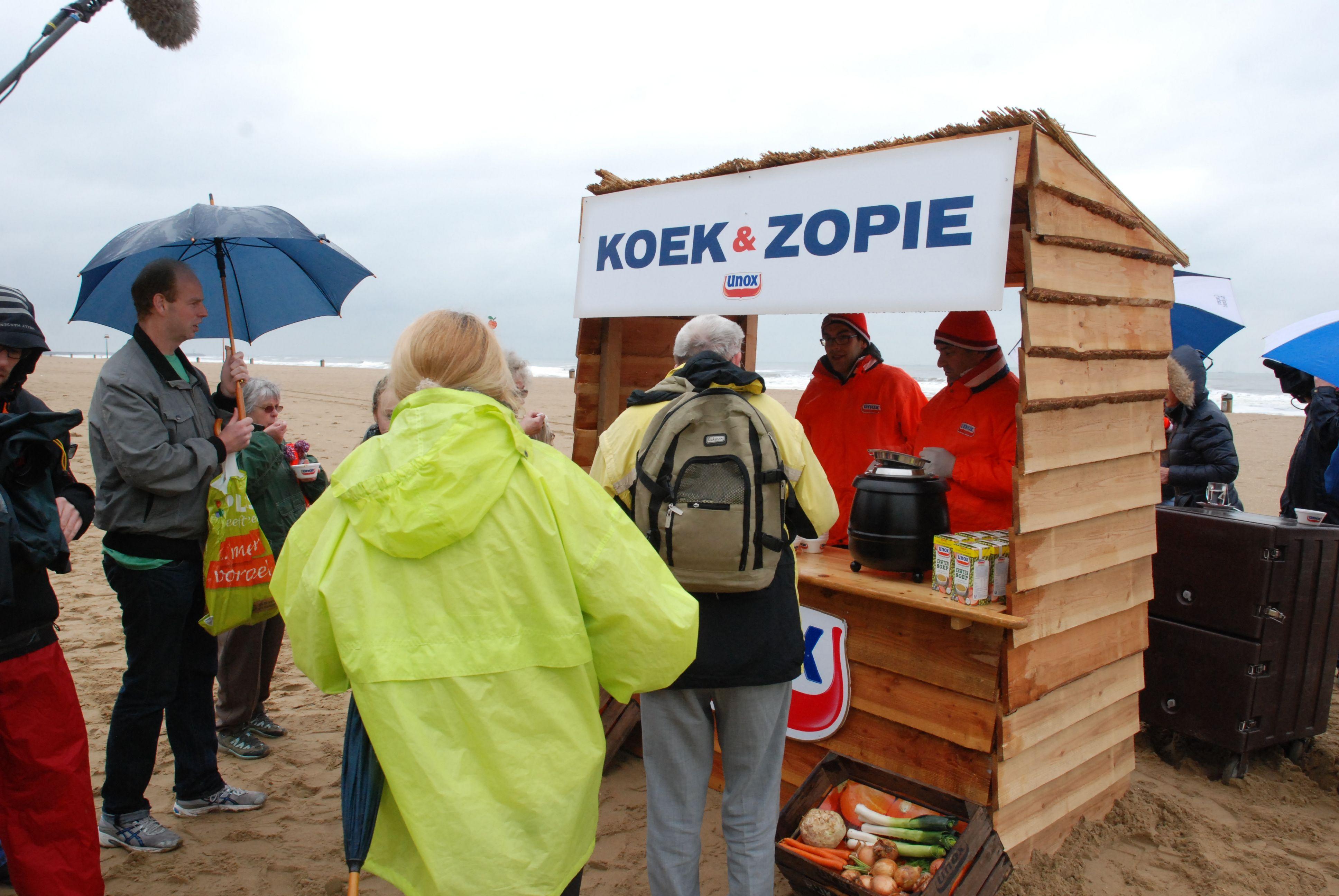 koek-en-zopie-op-het-strand-1