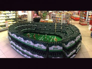 Grolsch_C1000_Losser_stadion_bierkratten_WK_voetbal_actie_resized_site