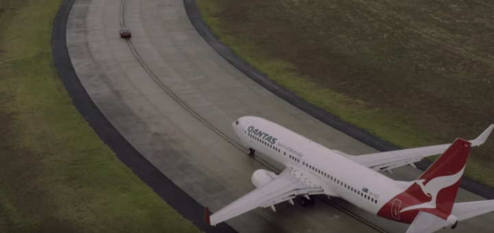 Viral Video van de Week Qantas vs Tesla