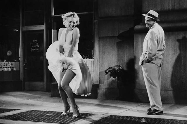 marilyn-monroe-dress-upskirt